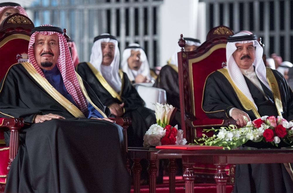 صحيفة مكة :: خادم الحرمين الشريفين يبدأ زيارة رسمية لمملكة البحرين