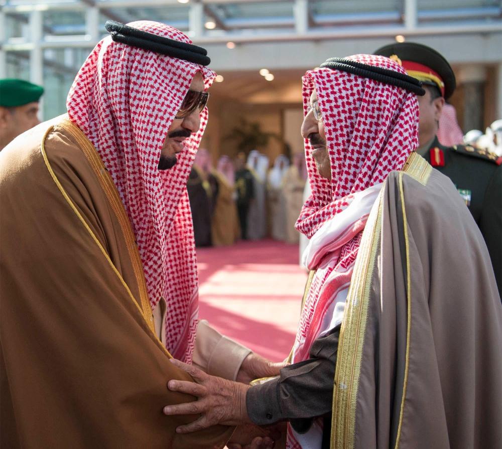 صحيفة مكة :: خادم الحرمين في برقية شكر لأمير الكويت: الزيارة أتاحت لنا تعزيز الروابط الأخوية