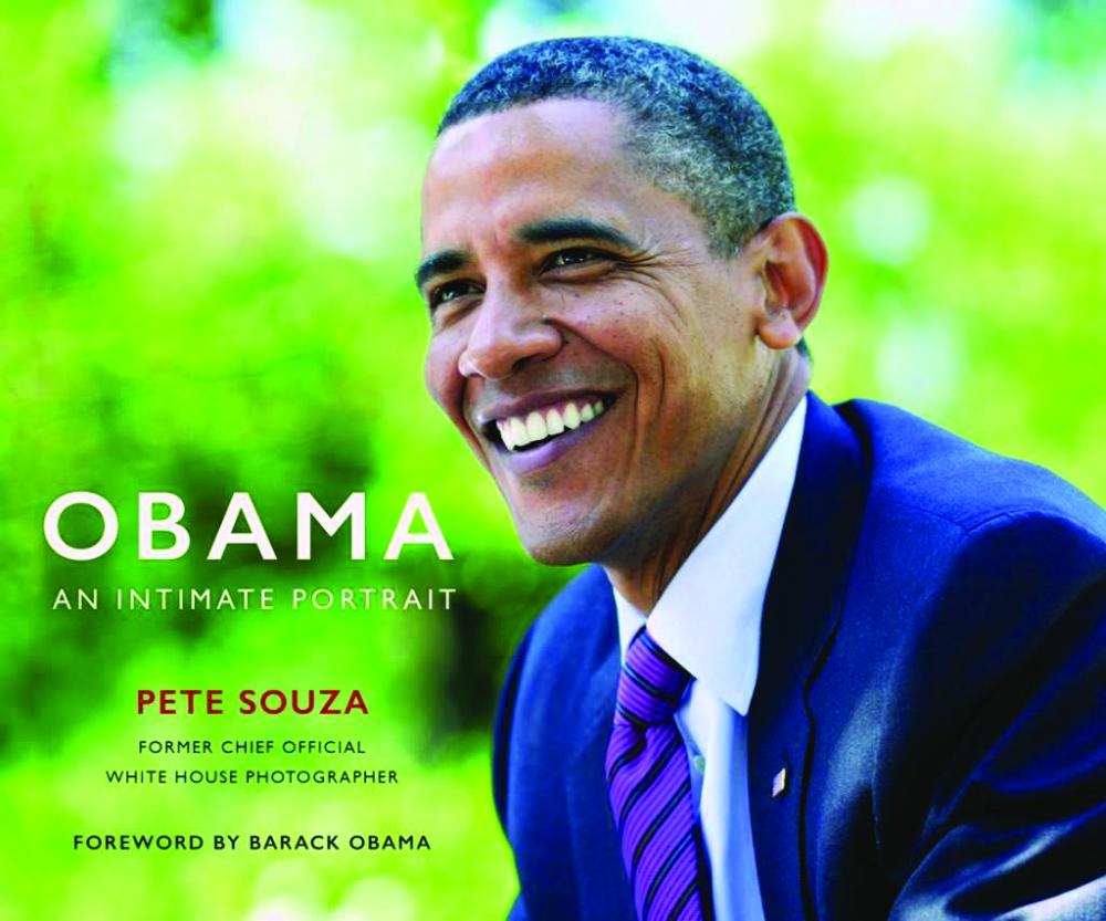 صور أوباما الحميمة في كتاب - صحيفة مكة