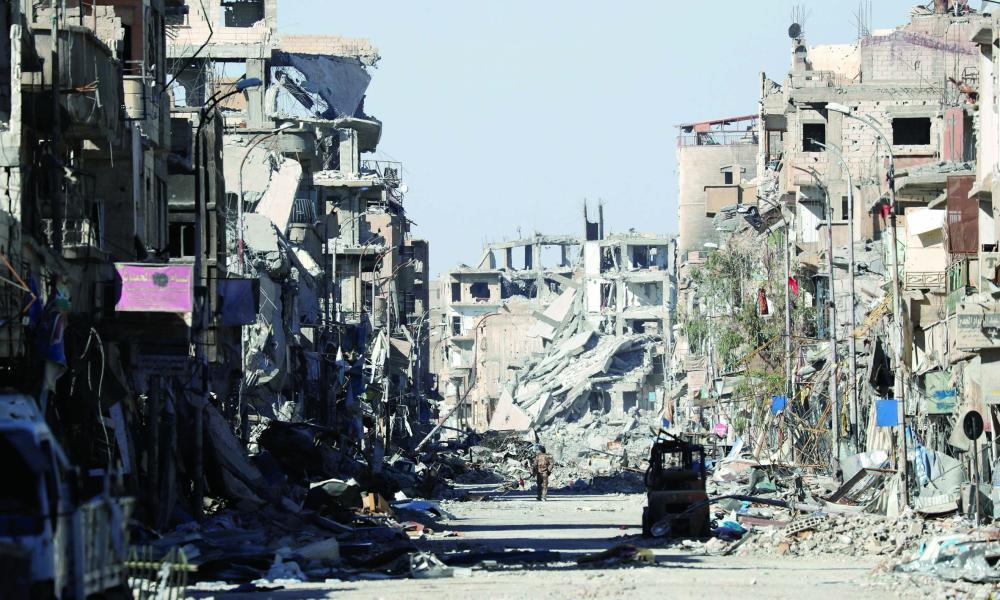 دمشق تعترف بسيطرة قسد على أكبر حقل نفطي في سوريا - صحيفة مكة
