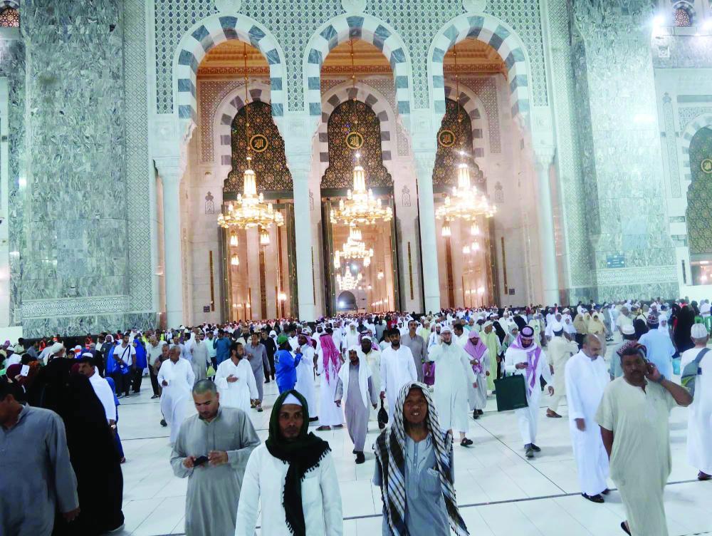 أجواء إيمانية وطمأنينة لزوار المسجد الحرام في رمضان - صحيفة مكة