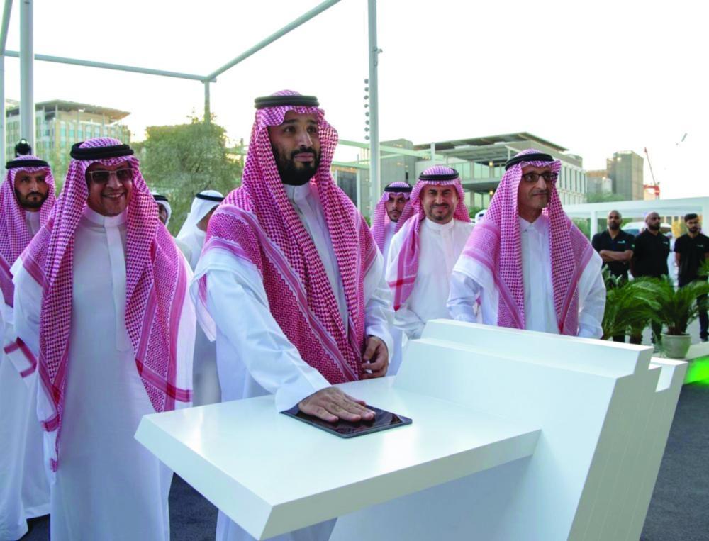 حاكم دبي: محمد بن سلمان يغير تاريخ المنطقة - صحيفة مكة