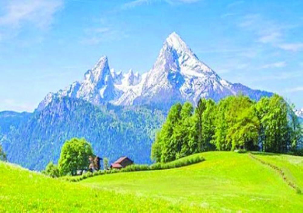 مهرجان في جبال الألب الإيطالية يمنحك قشعريرة صحيفة مكة