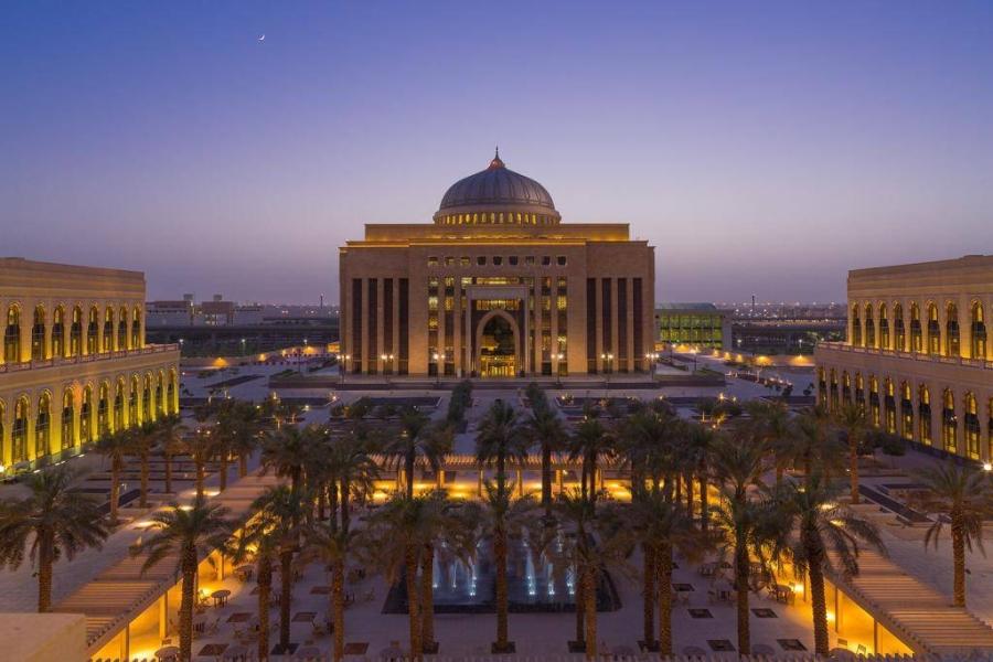 حصول مكتبة جامعة الأميرة نورة على جائزة التفوق للمكتبات المتفاعلة