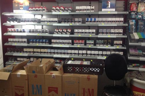المحلات التجارية بالطائف تبيع الدخان رغم منع الأمانة صحيفة مكة